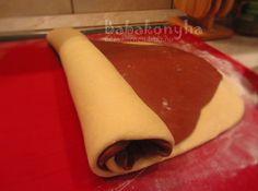 Csíkos kalács készül 2. by babykitchen.blog.hu