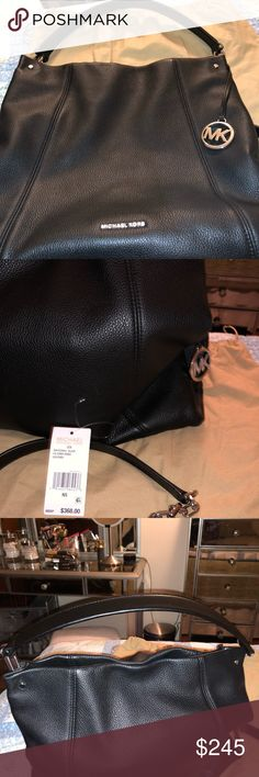 MICHAEL Michael Kors Lex Convertible Hobo Black MICHAEL Michael Kors Lex Large Convertible Hobo Black Beautiful large snap too 2 side pockets zip side pocket key strap 12x13x4 Retail 368 A great deal at this price Michael Kors Collection Bags Hobos