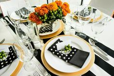 Inspired by Kate Spade, this Signature Retro Glam design kit is a classic. Black and white stripes mixed with playful polka dots make a beautiful, bold statement. The Retro Glam design kit is the all occasion go-to! It is perfect for a rehearsal dinner, girls night in, bridal luncheon, baby shower, or birthday bash! $109.00 https://www.sparkleanddine.com/product/kate-spade-inspired-glam-table-styling-kit/