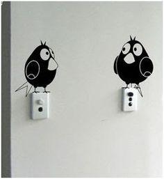 disimular y decorar los interruptores y enchufes con vinilos adhesivos decorativos