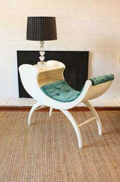 Vintage Sleigh Telephone Table so cool! Vintage Furniture, Furniture Decor, Furniture Design, Funky Sofa, Vintage Telephone Table, Gossip Bench, Deco Originale, Mid Century Decor, Furniture Restoration