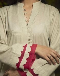 Kurti Sleeves Design, Kurta Neck Design, Sleeves Designs For Dresses, Sleeve Designs, Blouse Back Neck Designs, Neckline Designs, Latest Dress Design, Stylish Dress Designs, Simple Pakistani Dresses