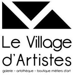 Visitez le Village d'Artistes de Rablay-sur-Layon, lieu unique dédié à l'art contemporain et aux métiers d'art, par le biais d'une galerie d'art, d'une boutique métiers d'art et d'une artothèque installées dans un bâtiment du XV° siècle. #art #galerie #jaimelanjou