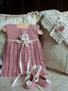 Vestitino all uncinetto neonata Abito e scarpe neonata completo di coprispalle