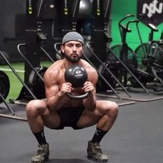 Excited to share my daily workouts with you soon at EricLeija.com! Until then get caught up on my go to kettlebell techniques which will be a huge part of my routines by taking my online Primal Kettlebell Course! Now 50% off! Link in my bio⚡️ #kettlebell #onnit #fullbodyworkout #trainonline • ⚡️EricLeija.com⚡️