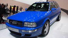 Car Audi RS2