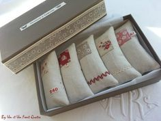 Cool way to sell multiples Lavender Bags, Lavender Sachets, Creative Arts And Crafts, Diy And Crafts, Small Sewing Projects, Sewing Crafts, Bridal Handbags, Scented Sachets, Couture Sewing