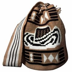 MOCHILA WAYUU SOMBRERO VUELTIAO COLOMBIANO. Tapestry Bag, Tapestry Crochet, Filet Crochet, Paracord, Ikat, Women Empowerment, Cross Stitch Embroidery, Crochet Projects, Bucket Bag