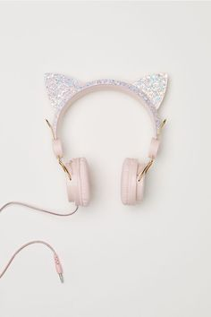 Adjustable on-ear headphones. Ears at top with glittery sections. Fits devices with a mm in. Length of cord approx. Things To Buy, Girly Things, Stuff To Buy, Pink Headphones, Unicorn Fashion, Accesorios Casual, Accessoires Iphone, Kawaii Accessories, H&m Fashion