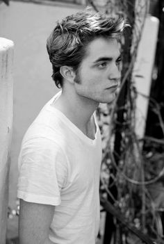 Robert Pattinson's hair is perfect.