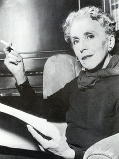Karen Blixen: Karen von Blixen-Finecke was a Danish author also known under her pen name Isak Dinesen. She is best known for her account of living in Kenya, 'Out of Africa' Coffee Prices, Karen Blixen, Out Of Africa, East Africa, Meeting New Friends, Human Emotions, Women In History, Famous Women, Schmidt
