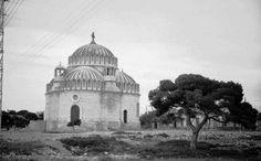 Old Photos, Vintage Photos, Athens History, Taj Mahal, Greece, Nostalgia, The Past, Black And White, Building