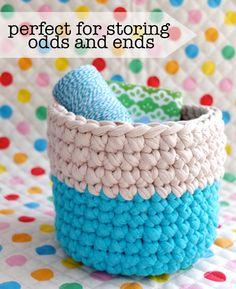 kraftykristin: I love these crochet nesting bowls! (via Crochet Nesting Baskets with Zpagetti Yarn) Crochet Storage, Crochet Diy, Crochet Home, Love Crochet, Learn To Crochet, Crochet Crafts, Yarn Crafts, Yarn Projects, Crochet Projects