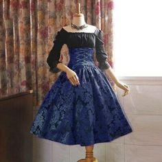 Fantasias Pin Up, Gothic Dress, Lolita Dress, Vestidos Vintage, Vintage Dresses, Blouse Dress, Dress Up, Style Lolita, Goth Style