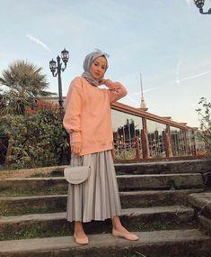 Muslim Fashion, Hijab Fashion, Fashion Outfits, Hijab Style, Hijab Chic, Muslim Girls, Muslim Women, Hijab Elegante, Simple Hijab