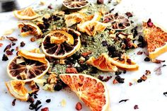 Instead of paying super high prices at the shop, learn to make your own fancy tea blends for a fraction of the cost? I'm sharing my favorite Citrus blend!