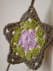 Crochet star - pretty colors