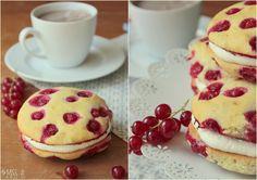 Miss Blueberrymuffin's kitchen: Johannisbeer-Whoopie-Pies mit Quark-Sahne-Füllung