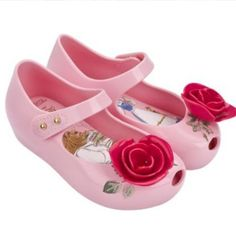 NEW Adorable Mini Melissa Beauty and the Beast Enchanted Roses.. Perfect for every little princess and your trip to Disney! These are super comfy and scented too!
