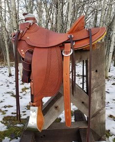 cramscustomesaddlery | SADDLE GALLERY Leather Carving, Leather Tooling, Cowboy Gear, Western Saddles, Horse Tack, Wild West, Bradley Mountain, Cowboys, Saddle Bags