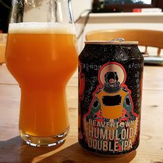 @beavertownbeer Humloid Double IPA can says drink fresh and do not age. So I drinking it pretty fresh. It smells very smooth with some hints of lemon the taste is again very smooth with some orange and lemon leaving a little bitterness on the tounge in the aftertaste. Don't know if I am growing tired of these murk bombs but a tad disappointed in this. Would like more of a DIPA punch with the smoothness. #beavertown #humaloid #doubleipa #craftbeer #craftnotcrap #cheersguys #beeroclockshow…