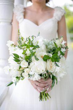 White bouquet   The Nichols