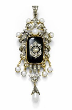 Pearl, Onyx and Diamond Pendant, circa 1900. Decorative pendant, 1 rectangular onyx approximately 23.8 x 15 mm applied with diamond studded lily motif surrounded by floral openwork ornament entirely set with diamonds, in addition decorated with 9 well bouton-shaped natural pearls, including movably mounted 1 diamond studded rosette with 1 drop-shaped pearl of about 7 mm.