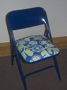 How to repaint folding chairsRepurposed metal and wood folding chairs painted with Chalk Paint  . Decorative Folding Chairs. Home Design Ideas