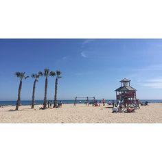 Relax y diversión a la orilla del mar... #FelizPrimavera #MifotoAlicante #Alicante #CostaBlanca #PlayadeSanJuan