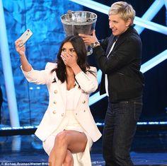 Kim #Kardashian fait son Ice #Bucket Challenge