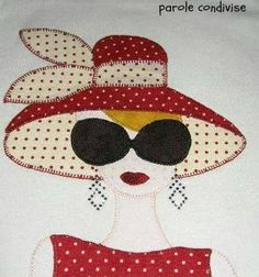 Resultado de imagem para t-shirt de retalhos de mulher - nähen - Sewing Appliques, Applique Patterns, Applique Quilts, Applique Designs, Embroidery Applique, Quilt Patterns, Machine Embroidery, Embroidery Designs, Sewing Patterns