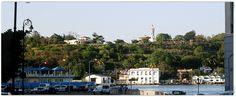 Vista del Cristo de La Habana, con el poblado Casa Blanca a sus pies. Foto tomada desde la otra orilla de la entrad al puerto de La Habana. Christ, Home, Havana, Islands