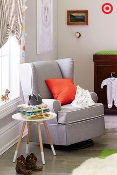 Comfy and stylish, the Eddie Bauer Upholstered Wingback Swivel Glider is the perfect addition to your nursery. Soothe, feed and read to your baby in this smooth-gliding rocker. Plus, there is a coordinating footrest (sold separately) to make this chair even more cozy.