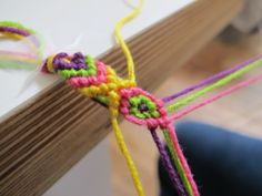 friendship-bracelet-diy. Simple and easy step by step directions for what looks like a complex design.