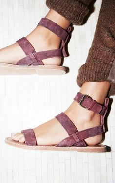 Crossfire Sandal Essential leather sandal featuring an adjustable ankle strap. Sock Shoes, Cute Shoes, Me Too Shoes, Shoe Boots, Daily Shoes, Looks Style, My Style, Over Boots, Oxblood