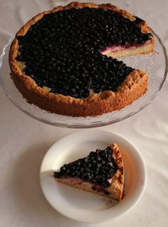 Finnish Recipes, Sweet Pie, Pastry Cake, Pie Recipes, Baking, Desserts, Food, Pastries, Hamburgers