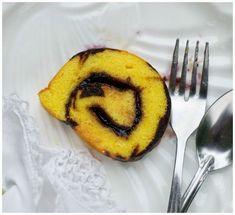 Indonesian Medan Food: Bolu Gulung a la Meranti Medan ( Medan Swiss Roll . Medan, Bolu Cake, Resep Cake, Indonesian Food, Indonesian Recipes, Brownie Cake, Mocha, Cravings, Cake Recipes