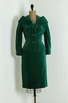 Velvet suit, 1940s green!!! jacket skirt