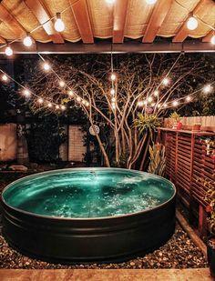 Stock Pools, Stock Tank Pool, Backyard Patio Designs, Backyard Decks, Metal Stock Tank, Redneck Pool, Metal Pool, Backyard Greenhouse, Outside Patio