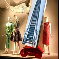 "BERGDORF GOODMAN, New York City, USA, ""Excuse me... do these escalators go Up or Down?"", photo by Happy Store NY, pinned by Ton van der Veer Happy Store, Fashion Window Display, Store Windows, Window Design, Bergdorf Goodman, Window Shopping, Visual Merchandising, Van, York"