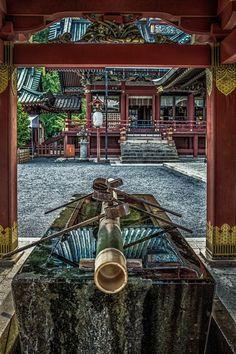 Sengen Shrine in Shizuoka, Japan. 手水舎 by Chaz Wright Real Background, Japanese Shrine, Japan Architecture, Shizuoka, Visit Japan, Place Of Worship, Nihon, Japanese Culture, Japan Travel