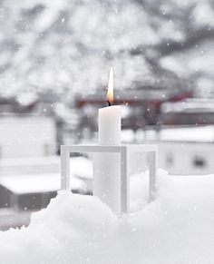 A wonderful winter wonderland with the Kubus 1 candleholder in this image by . Mini Ma, Winter's Tale, Warm Blankets, Winter Colors, Winter Garden, Christmas Inspiration, Winter White, Pillar Candles, Candels