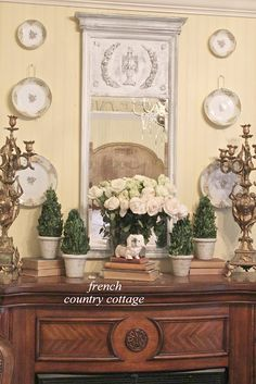 FRENCH COUNTRY COTTAGE: A Fresh Bedroom Mantel