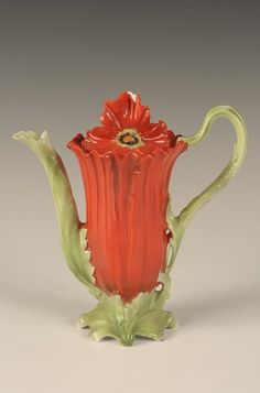 ROYAL BAYREUTH FIGURAL POPPY CHOCOLATE POT, RED : Lot 286