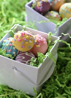 Skinny Easter Egg Cake Balls - Skinny Easter Egg Cake Balls - A fun Easter dessert idea, display them in a basket or give them away as gifts.
