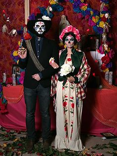 Goodwill Halloween DIY Costumes: Day of the Dead/Dia de los Muertos #Goodwill…
