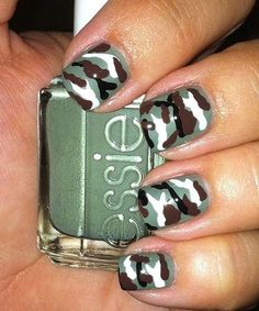 camo nails with essie sew psyched Camouflage Nails, Camo Nails, Military Nails, Plain Nails, Us Nails, Pretty Nails, Nice Nails, Fancy Nails, Simple Nails