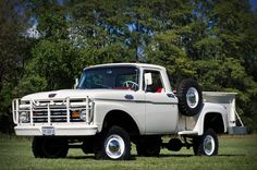 This 1963 Ford was restored and sold at Barrett Jackson. Classic Ford Trucks, Old Ford Trucks, Old Pickup Trucks, Ford 4x4, Hot Rod Trucks, Cool Trucks, 4x4 Trucks, Station Wagon, Motor Works
