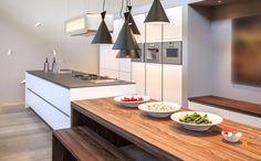 Keukeneiland met tafel