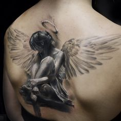 Amazing Realistic Angel Tattoo on Back